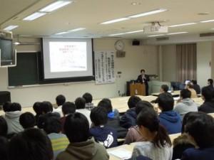 藤本校長による本校教育システムの紹介