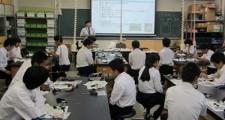 【沼津高専】中学生のための体験授業写真1