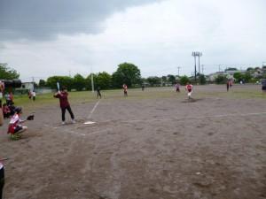 ソフトボールの試合風景