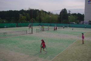 ソフトテニスの試合風景(1)