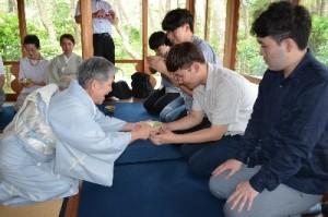 沼津御用邸記念公園での茶道体験
