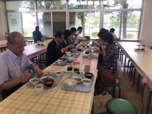 10月7日の寮生部会による寮食試食会