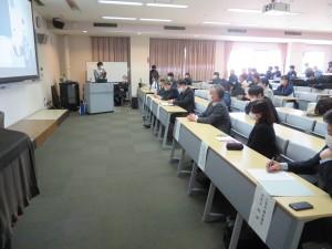 学生による発表風景